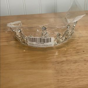 NWT Bella bridal princess crown